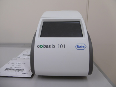 簡易血液分析装置